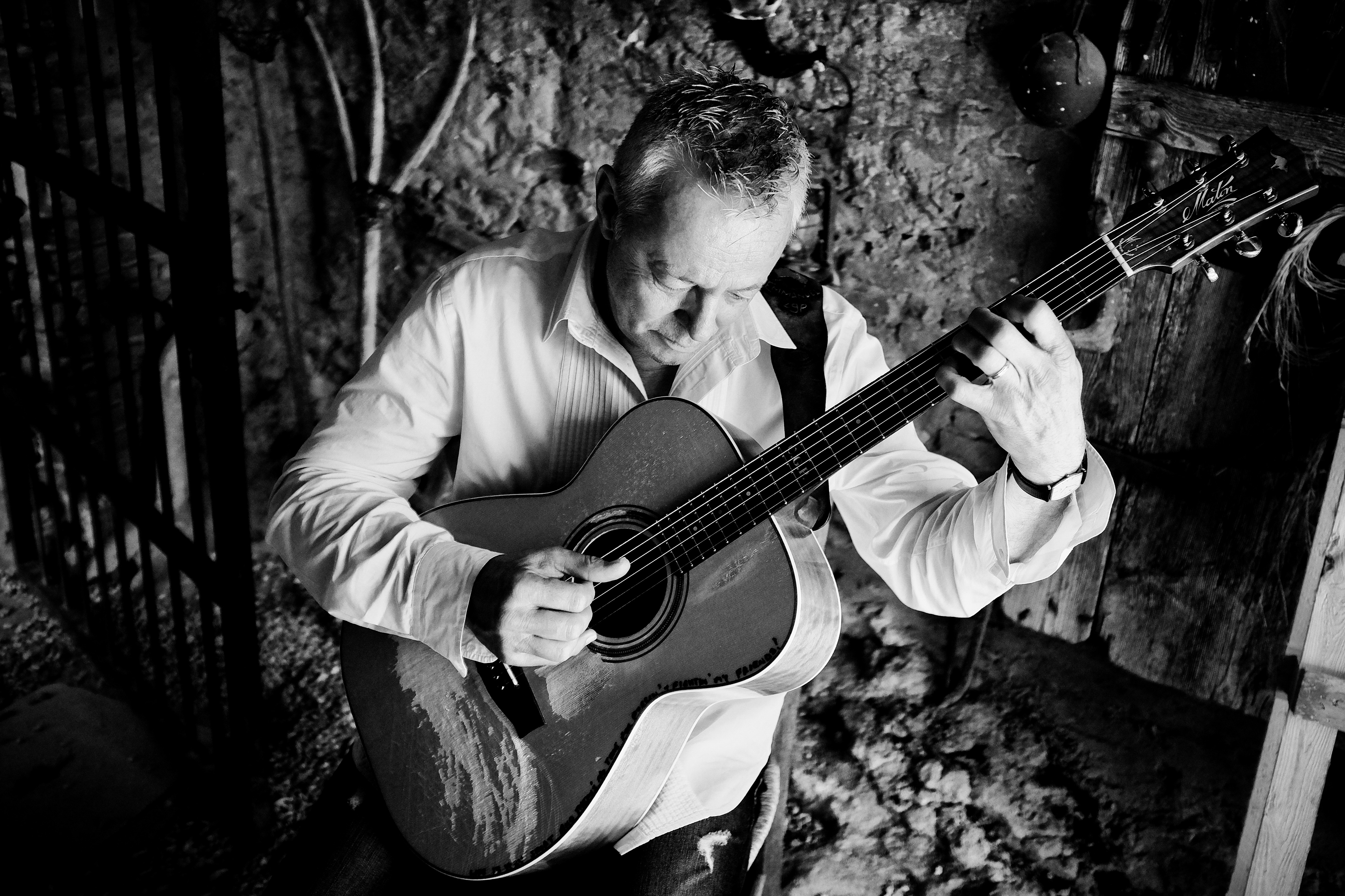 Tommy Emmanuel with Suzy Bogguss