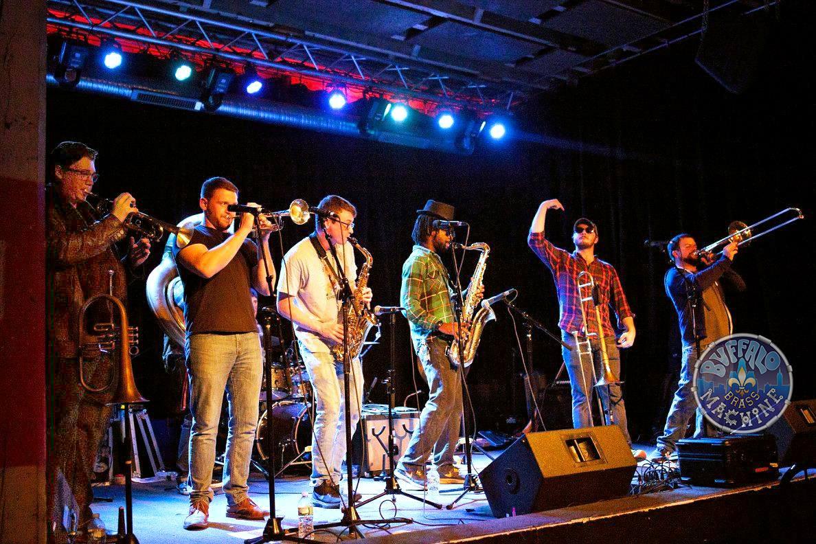 Buffalo Brass Machine w/ Pine Fever